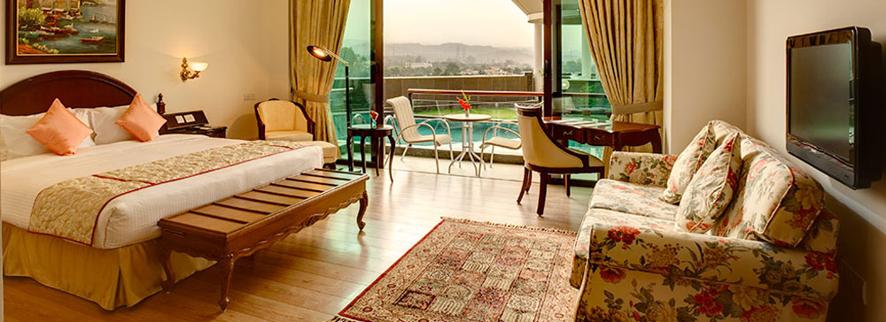 Soundproof windows - Cabana Room In Chandigarh The Bella Vista
